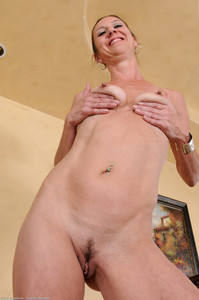 Jizzabelle--45yr-old-Skinny-Mature-Brunette-k7di7rdi1b.jpg